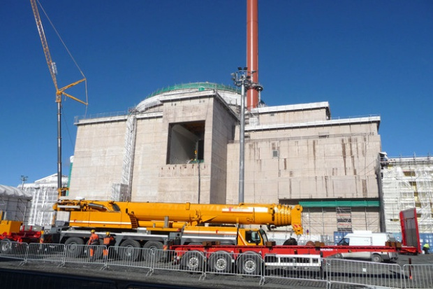 Budowa elektrowni jądrowej musi być przejrzysta