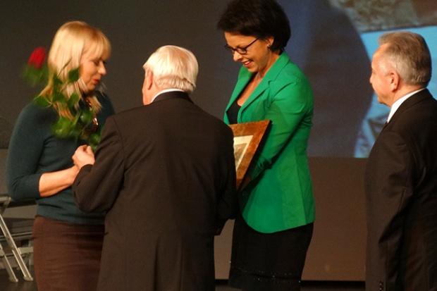 Śląscy budowlańcy nagrodzili minister Bieńkowską