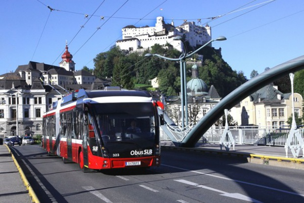 Nowa dostawa Solarisa dla Salzburga