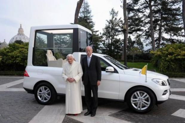 Mercedes dostarczył do Watykanu nowego papamobile