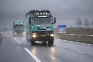 Pojazdy Iveco i silniki FPT Industrial w drodze na Dakar