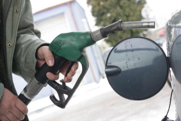 Paliwa. Świąteczne podróże nie będą droższe
