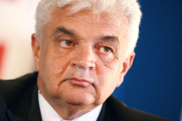 Jerzy Bernhard, Stalprofil: fala upadłości firm stalowych dopiero przed nami