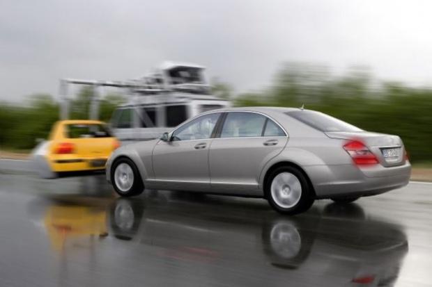 Dekada systemu Pre-Safe Mercedesa
