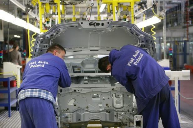Tyska fabryka Fiata przygotowuje się do pracy na dwie zmiany