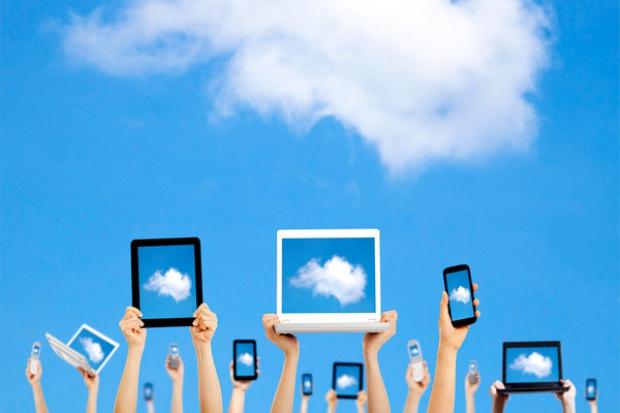 2013 r. to wyzwania w obszarze chmury i sieci społecznościowych