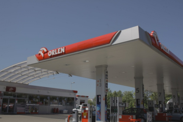 Orlen będzie rozwijał usługi dodatkowe na stacjach paliw
