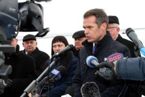 Nowak: kolejowi związkowcy nie mają prawa do strajku