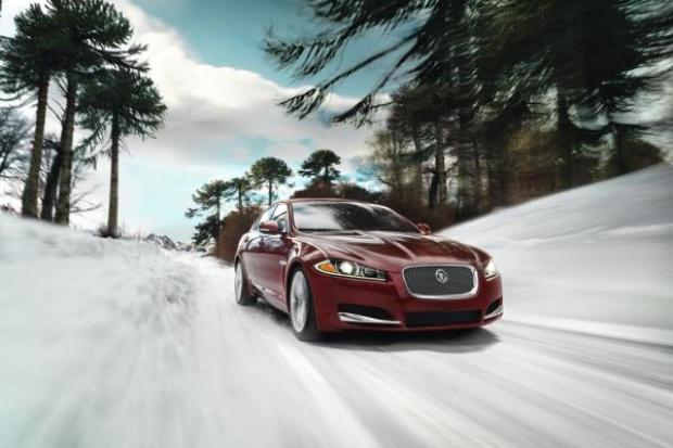 Jaguar wprowadza napęd All-Wheel Drive