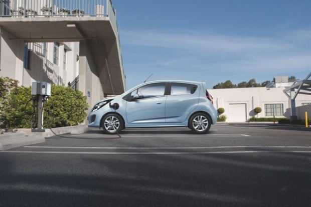 Spark EV wjedzie do Europy