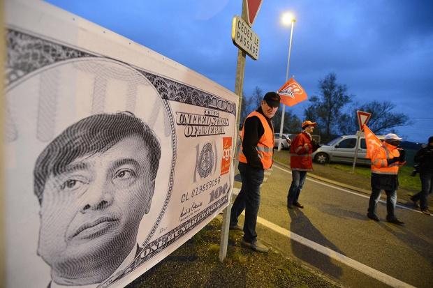 Z kim się liczy Mittal?