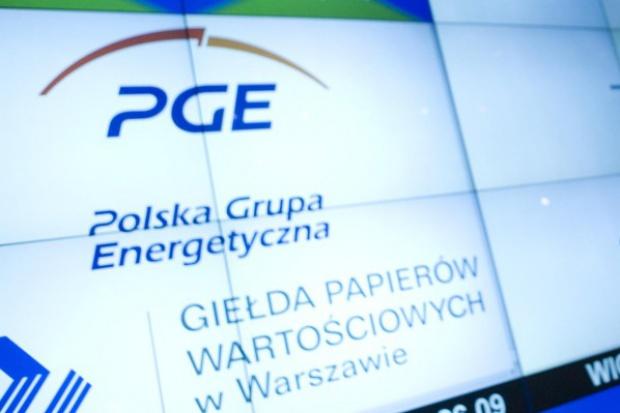Duże spadki cen akcji PGE, nowe dno notowań