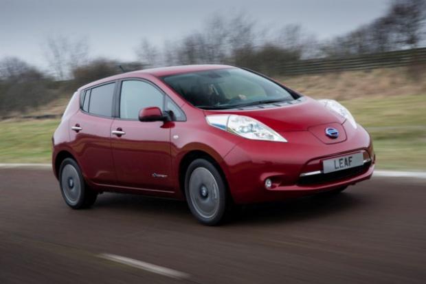 Pierwsze modyfikacje w historii elektrycznego Nissana LEAF