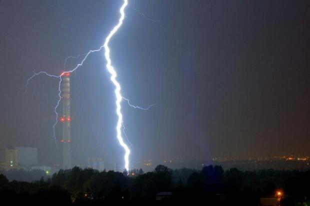 Tauron: sześciu w finale przetargu na blok w Katowicach