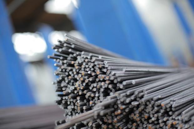 Ile firm stalowych dotrwa do odwróconego VAT?