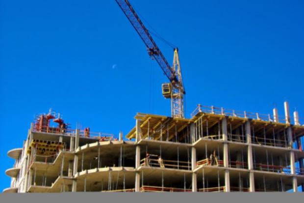 Banki i ubezpieczyciele przejmują prekwalifikację budowlańców