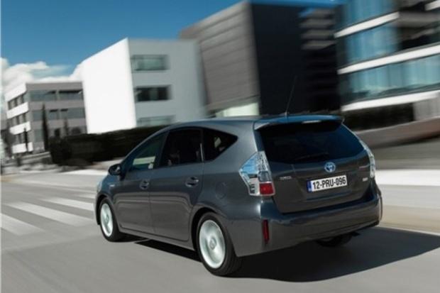 Co piąta nowa Toyota w Europie to hybryda
