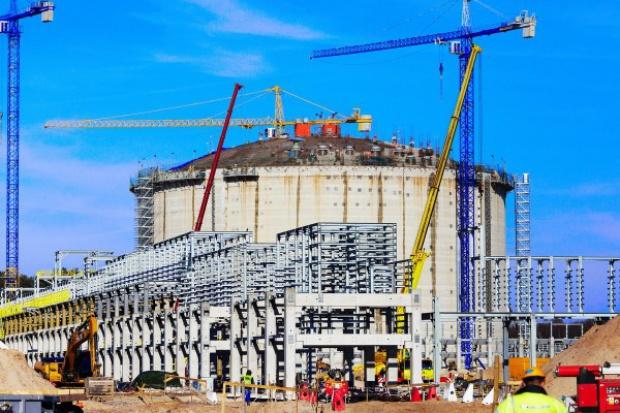 W marcu przyspieszyła budowa terminalu LNG