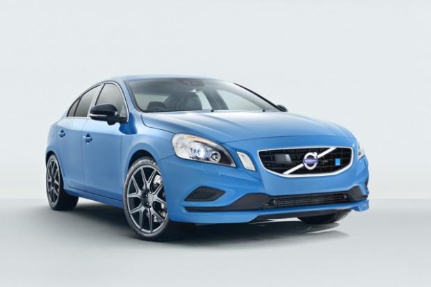 """Rusza pilotażowa sprzedaż """"najbardziej usportowionego"""" Volvo"""
