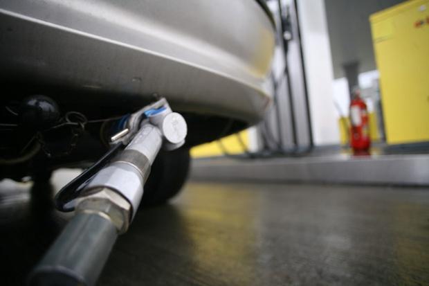 Dyrektywa ws. alternatywnych paliw możliwa w 2013 roku