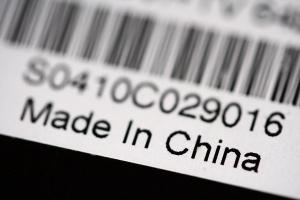 W relacjach z Chinami gospodarka musi dogonić politykę