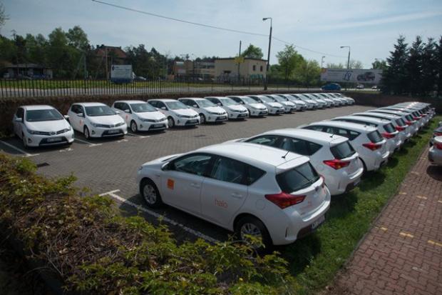Orange wybiera Toyoty Auris Hybrid