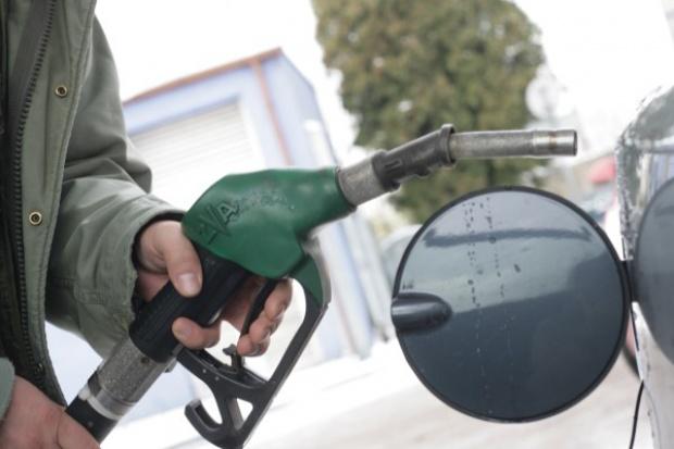 Osłabienie złotego uderza w detaliczny rynek paliw