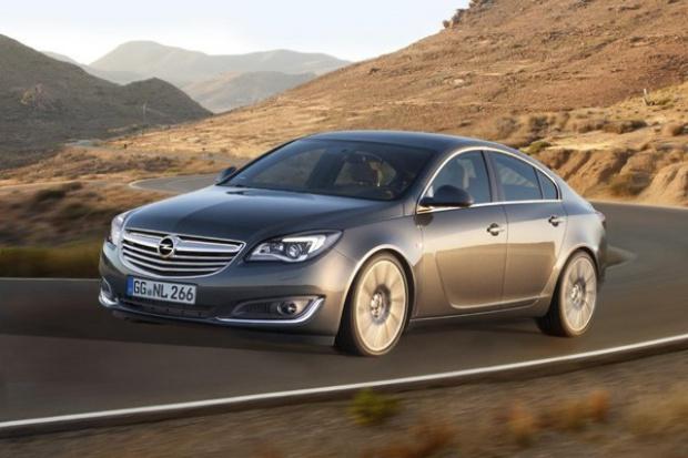Opel odświeża Insignię