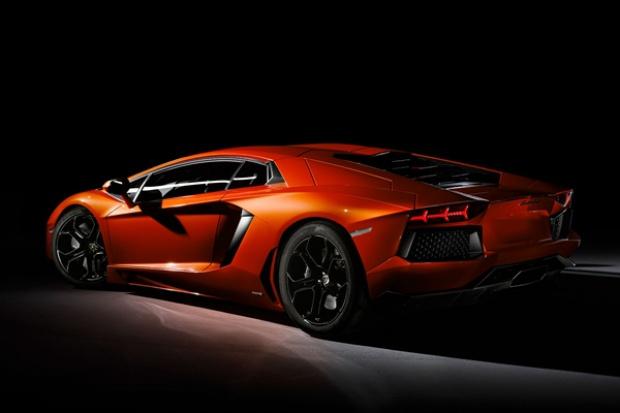 Lamborghini świętuje 50. urodziny wspólnie z Pirelli.