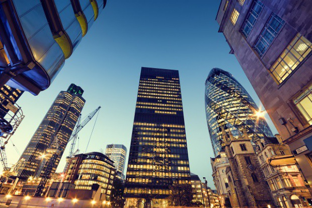 Globalny rynek nieruchomości biurowych odzyskuje stabilność