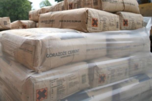 Z powodu spowolnienia gospodarczego sprzedaż cementu spada