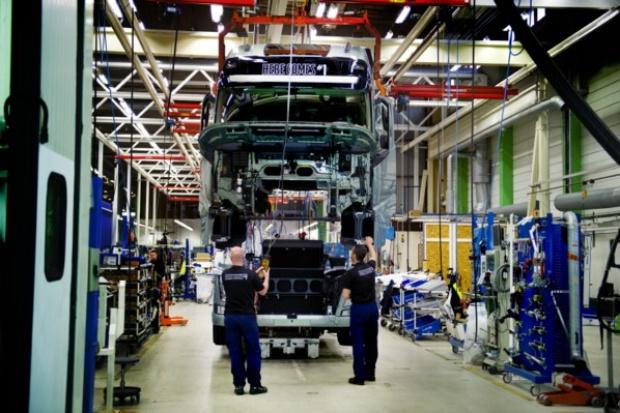 Volvo FH od deski do taśmy
