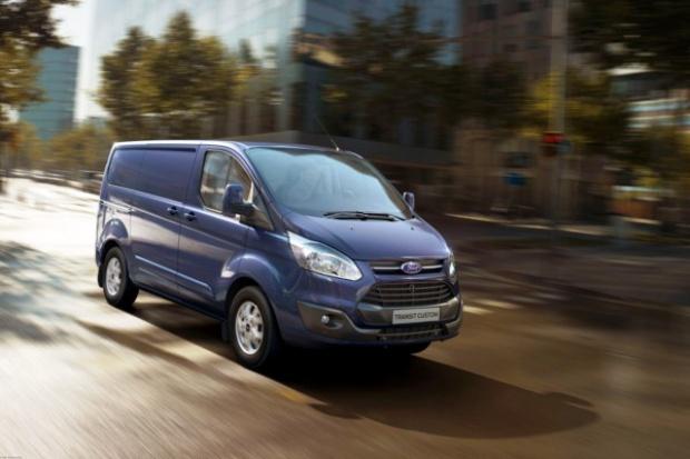 Nowy Transit i Tourneo wyjeżdżają już z tureckiej fabryki Forda