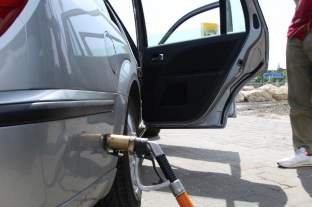 Spada cło na LPG z Rosji, spadną też ceny na stacjach