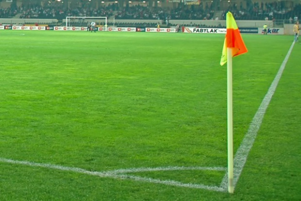 Police stawiają na dalszą promocję przez piłkarską ekstraklasę