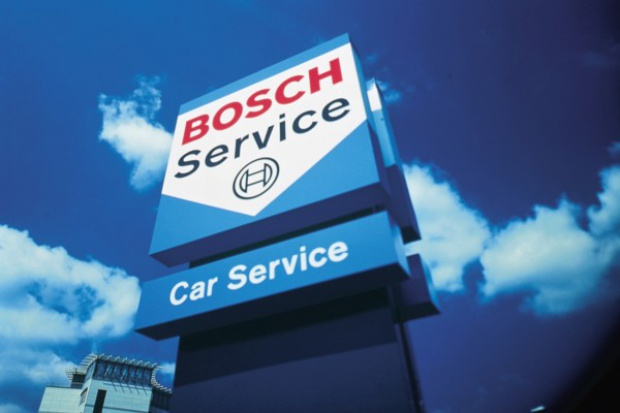 Bosch pod rękę z Castrolem