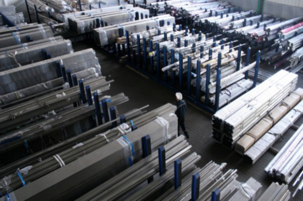 ThyssenKrupp kupuje i sprzedaje