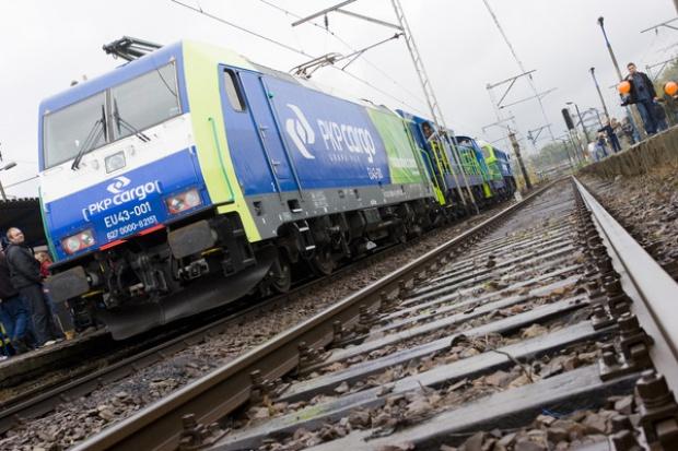 """PKP Cargo """"odbija"""" udział w rynku przewozów towarów koleją"""