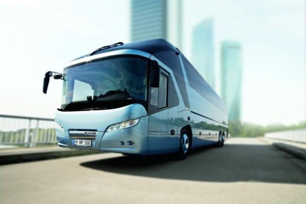 13 drużyn Bundesligi zaufało autobusom MAN i NEOPLAN