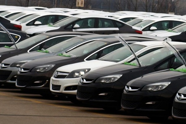 W sierpniu więcej rejestracji aut osobowych i dostawczych