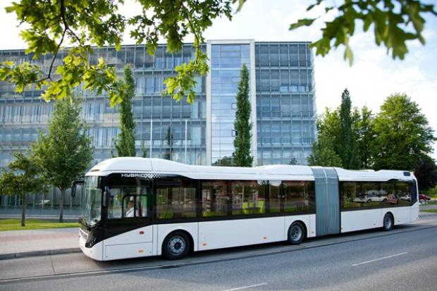 Najnowsza hybryda Volvo Bus na testach w polskich miastach