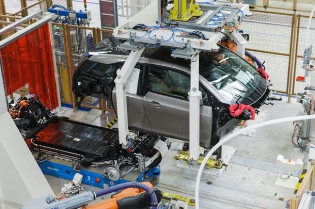 BMW rozpoczęło seryjną produkcję elektrycznego i3