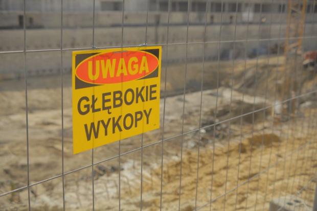 Polimex zerwał kontrakt z obawy o katastrofę budowlaną