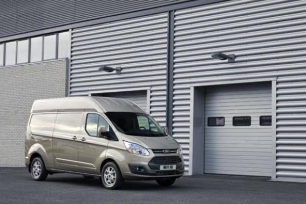 Ford Transit Custom: wyżej pod dachem