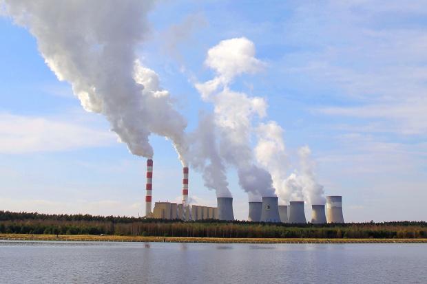 Stan gospodarki odbija się na rynku energii