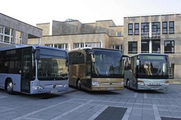 Używane autobusy trzymają się mocno