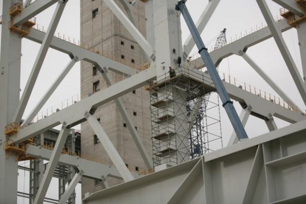 Bloki energetyczne chwieją się na unijnych fundamentach