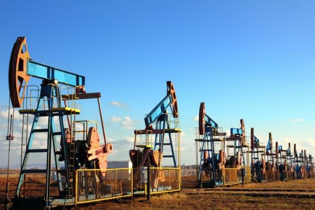 Rosja podpisała wart 85 mld dol. kontrakt na dostawy ropy do Chin