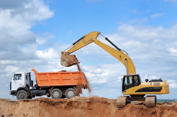 Kłopoty górnictwa i budownictwa uderzają w Caterpillara