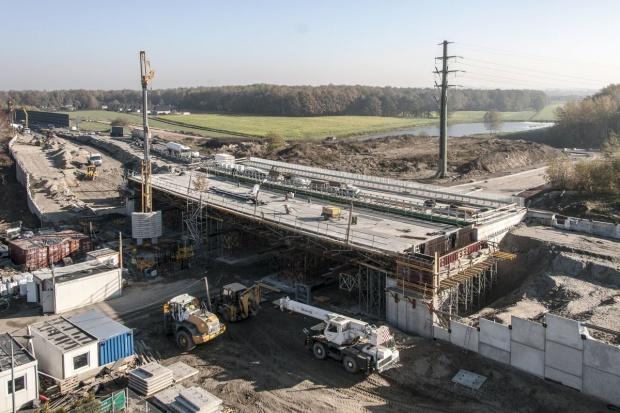 Polimex-Mostostal dostał pół roku więcej na budowę DK1